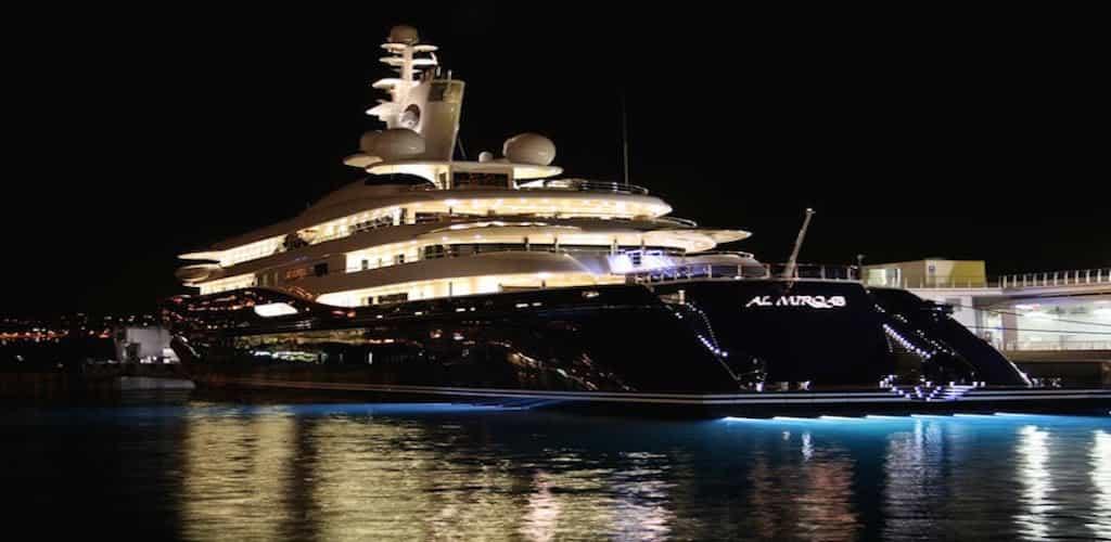 yacht-new
